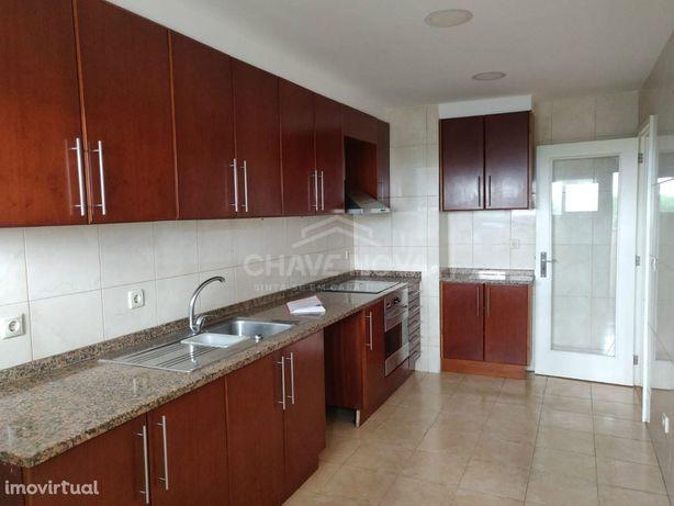 Apartamento T3 em Vilar de Andorinho