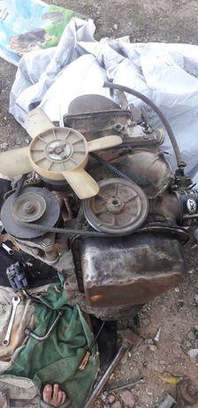 Продам Двигатель 011
