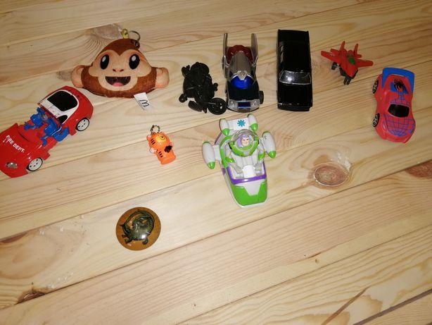Набор игрушек машинок к новому году