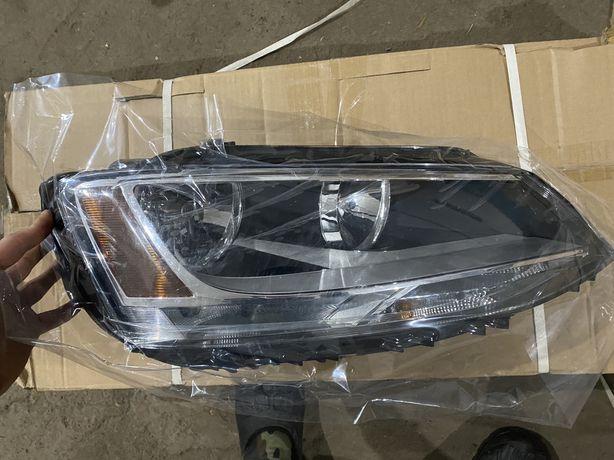 Фары Volskwagen Jetta 2012-15