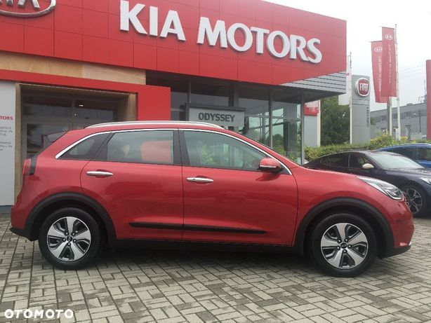Kia Niro 1.6 Gdi 141 Km 6dct Demonstracyjny