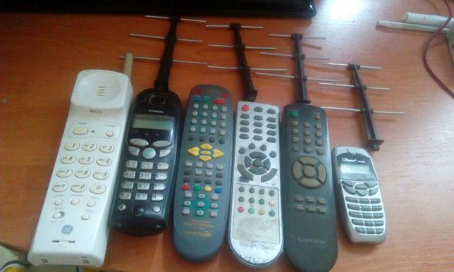 Пульты, 2 трубки и калькулятор, антенки продажа или обмен