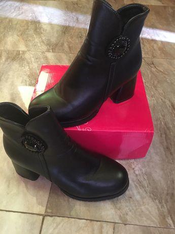 Зимові ботинки, полусапожкі