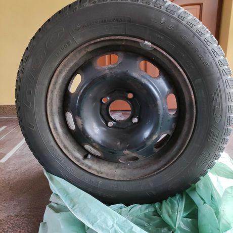Zestaw 4 opon z felgami 195x65R15