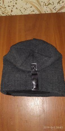 Зимняя шапка в хорошем состоянии