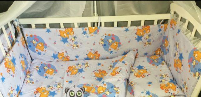 Защита в кроватку и балдахин
