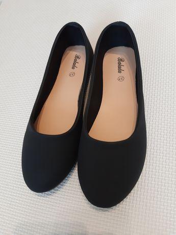 Nowe Czarne balerinki 36