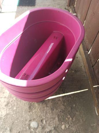 Doniczki na balkon do zawieszenia kolor fiolet