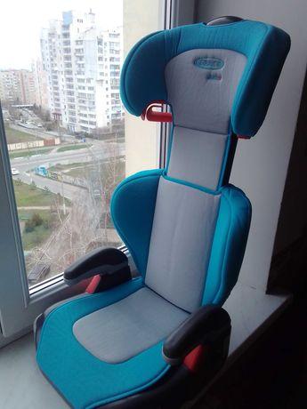Автокресло Graco Junior Maxi 15-36 кг