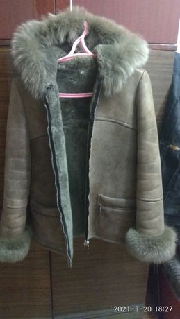 продам дубленку куртку и пуховик