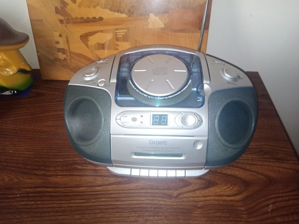 Продам радиоприёмник в хорошем состоянии!