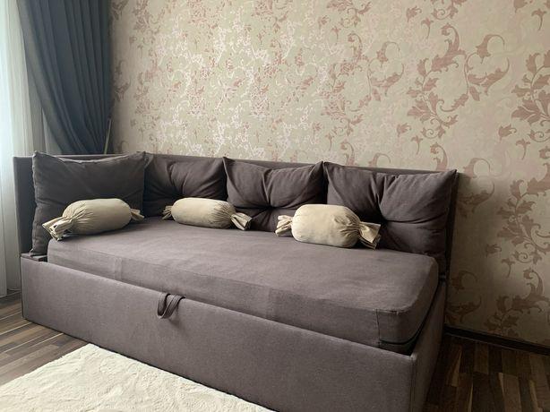 Продам диван (кровать)