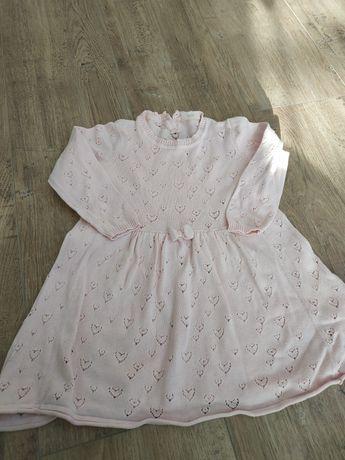 Różowa ażurowa sukienka, r 86-92