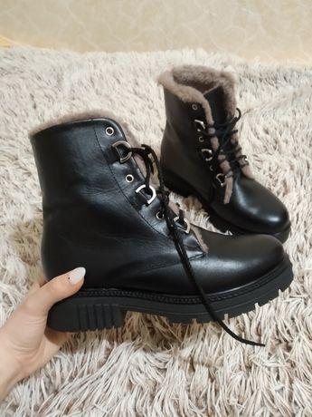 кожаные чёрные высокие зимние ботинки сапоги на шнуровке 25,5 см 39 рр