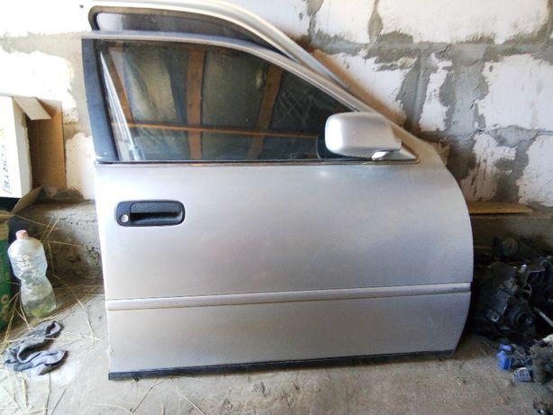 Двери Toyota Camry XV10