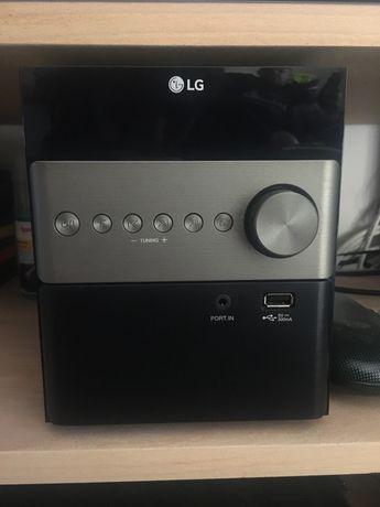 Leitor de CD, radio LG c/ colunas