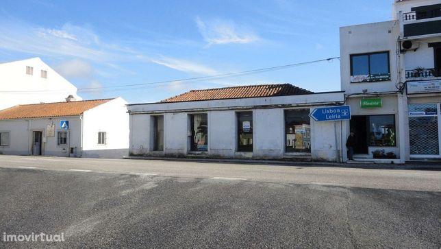 loja comercio e serviços centro de Alfeizerão