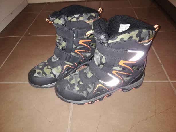 Buty chłopięce zimowe 4F na rzepy rozm. 38 wkł. 25.3 cm