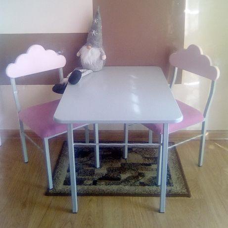 Stolik + 2 krzesełka dla dzieci