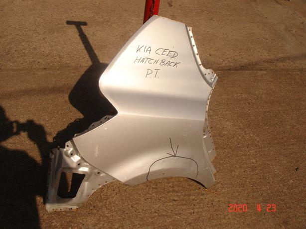 Błotnik tylny prawy KIA Ceed Hatchback 07-12
