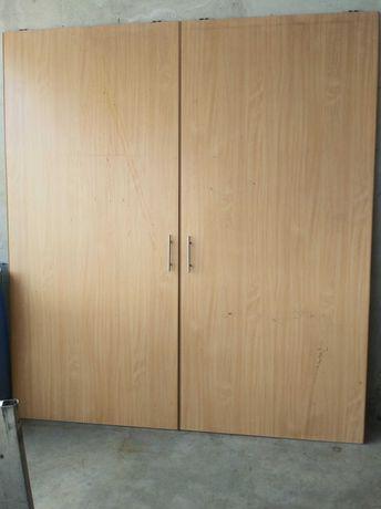 Drzwi z szafy przesuwnej. 230x100 + prowadnice górne