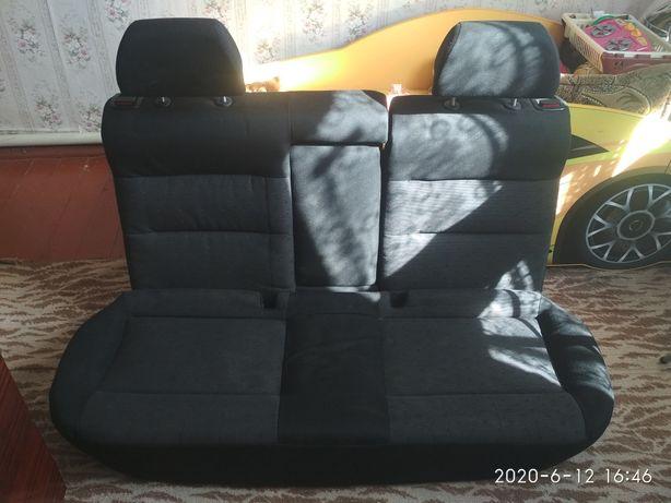 Задние сиденья на пасат