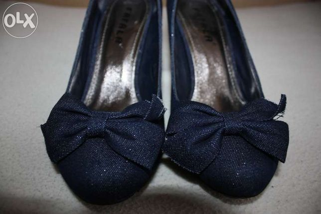 Sapatos de ganga azuis com laço FAFALA tamanho 37