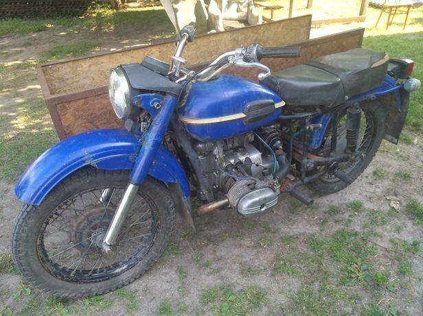 Мотоцикл Урал...