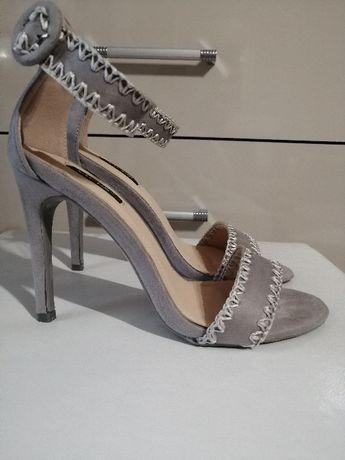 Szare sandalki na obcasie paseczki 37 -24 cm szpilka zapinany pasek