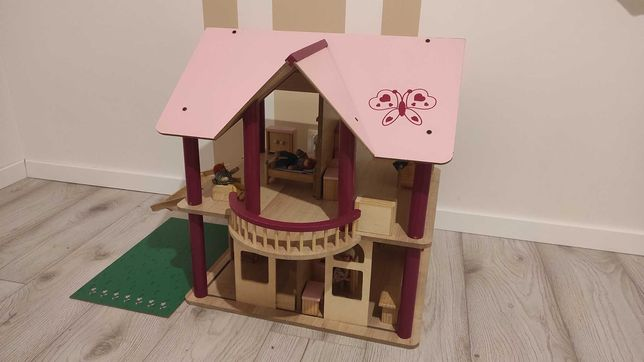 Domek dla lalek + mebelki