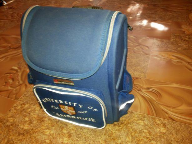 Ранец-портфель.Для школы.