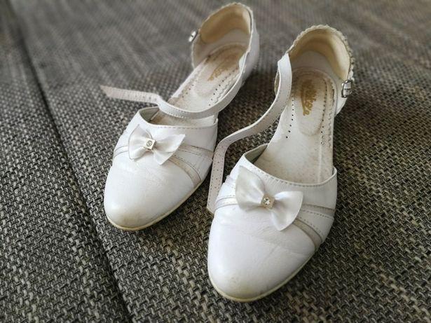buty komunijne sandałki rozmiar 36 białe