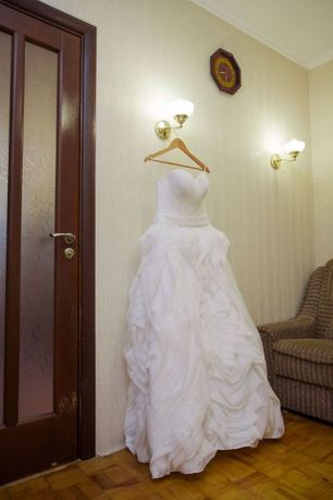 Свадебное платье  р. 44-46