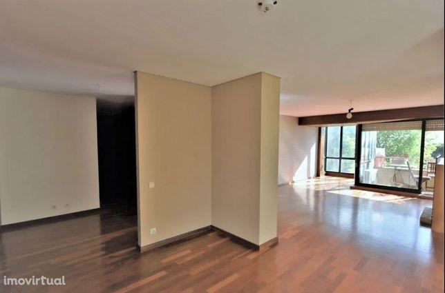 Apartamento t2 remodelado para arrendar nos Pinhais da Foz