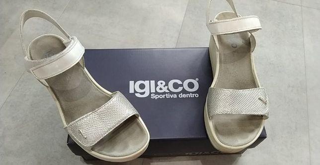 Sandały srebrne białe IGI&CO 38 na koturnie