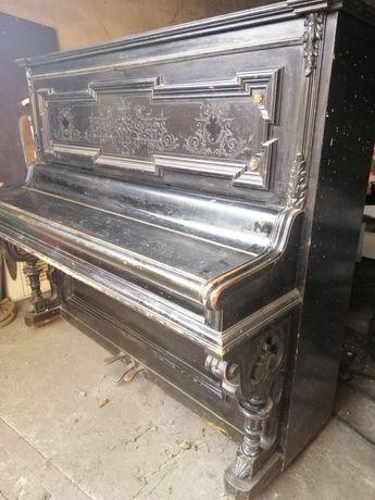 Пианино К. ГЕТЦЕ 1889г