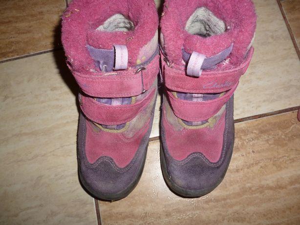 продам фирменные зимние ботинки на разм 29 по стельке 19 см, в хорошем