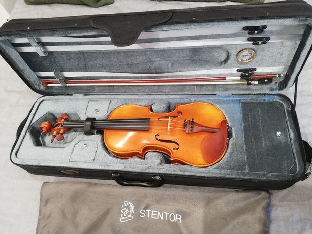 Violino 4/4 montado por um Luthier
