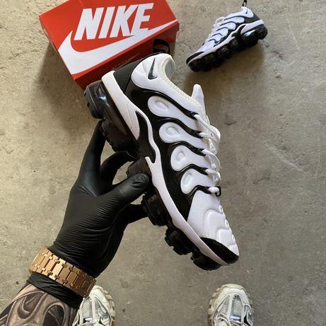 Nike Air Vapormax Tn white black