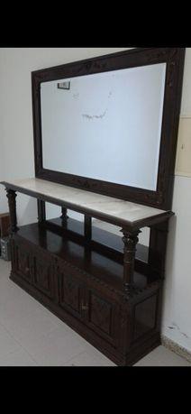 Mobília Vintage de Madeira