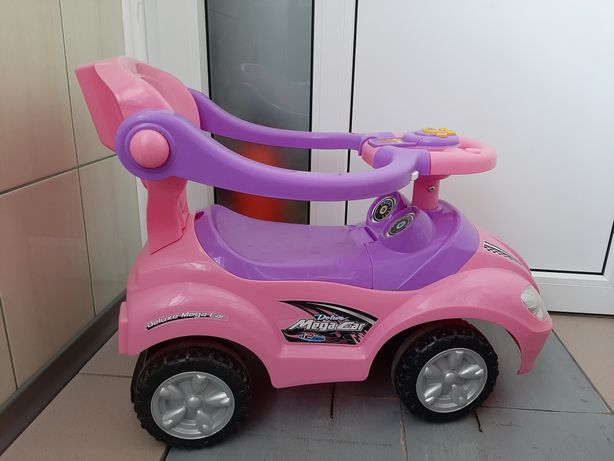 Машинка толокар для дитини до 3 років