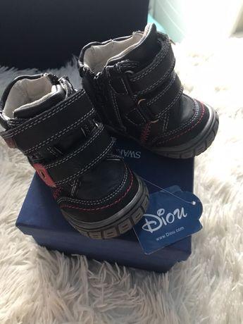 Ботинки Детские чёрные Diou (Венгрия), 19 размер