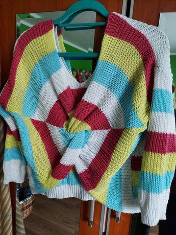 Sweterek kolorowy