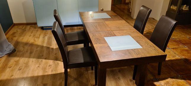 Drewniany stol rozkladany
