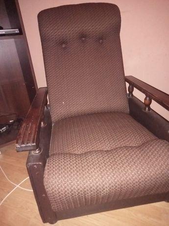 Oddam za darmo brązowy fotel