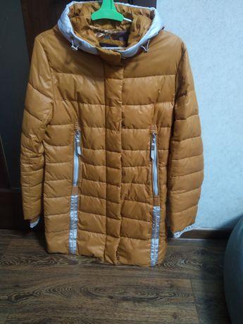 Тепла куртка на 48-50р