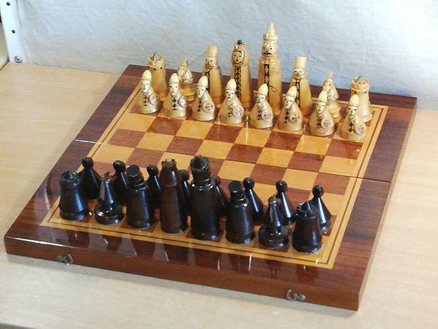 """Редкие старинные шахматы ручной работы """"Древние войны"""" резьба дерево"""