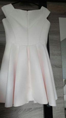 Sukienka w kolorze pudrowy róż rozm. 40