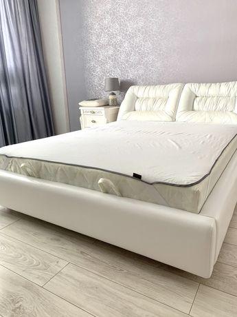 Матрас 160*200 от кровати Белла, б/у