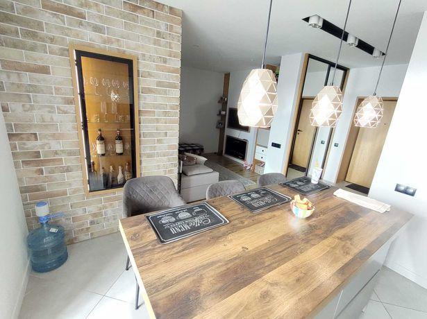 2 кім, Дизайнерський ремонт, меблі, техніка, камін (Арсен, Епіцентр)